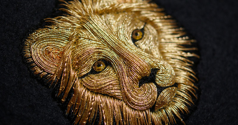 Stunning Animals Embroidered by Hand Using Colored and Metallic Thread – Buythennow